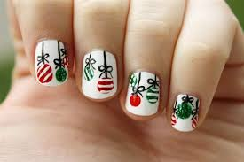 23 nails that will make your nails festive and