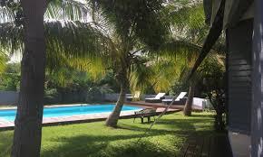 chambre d hotes reunion réunion maison chambres d hôtes piscine vue mer
