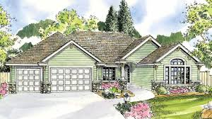 european ranch home with 3 bdrms 2700 sq ft floor plan 108 1117