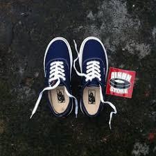 Jual Vans Vault Og pin by lissette on shoes vans originals and