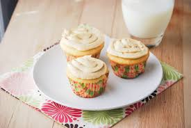 tres leches cupcakes macaroni and cheesecake