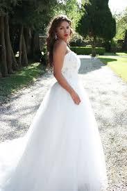 louer une robe de mariã e precioza location de robes haute couture et accessoires