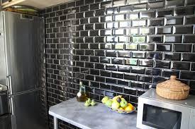 carrelage cuisine noir brillant cuisine carrelage noir et blanc top total carrelage mural cuisine