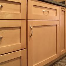 Shaker Door Style Kitchen Cabinets Exellent Natural Maple Shaker Kitchen Cabinets 17 Best Ideas About