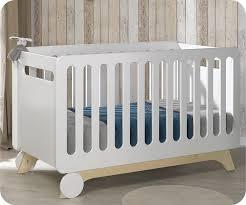 chambre en bois blanc chambre bébé complète pepper blanche et bois