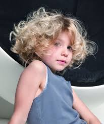 little hairstyles for short curly hair