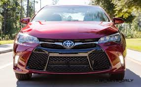 toyota camry xle v6 review hd road test review 2015 toyota camry xse 1