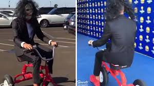 Saw Costume Steph Curry Arrives To A Game In