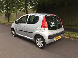 peugeot main dealer 2011 61 plate peugeot 107 5 door full main dealer history 2