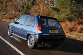 renault hatchback from the 1980s how many of these 1980s hatches can you identify playbuzz