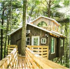 treehouse hotel pennsylvania treehouses the mohicans rustic barn wedding venue tree house