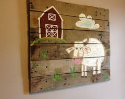 elephant 20x20 rustic wall on woodpallet