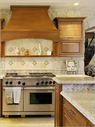 pvblik com idee travertine backsplash