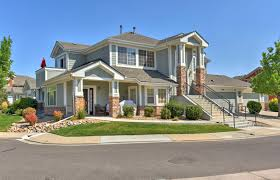 immaculate home with open floor plan at desirable falls at legend