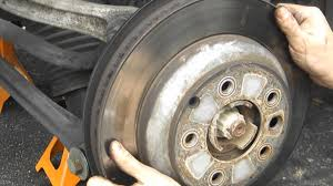 audi q7 brake pad replacement changing rear rotors on 2005 vw touareg