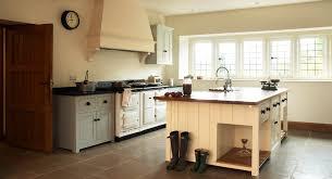 Kitchen Design Classic by Kitchen English Design