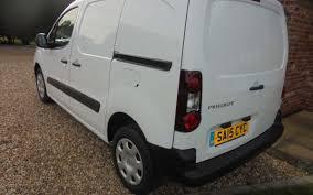 peugeot partner 850 s 1 6 hdi manual panel van gwa cars and finance