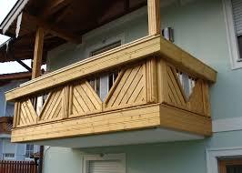 balkone holz holzbalkon holz balkongeländer leeb balkone