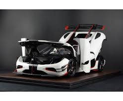 koenigsegg black and red frontiart opened version