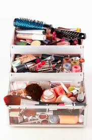 Makeup Artist Station What The Pros Carry 42 Makeup Must Haves In Celena Hancock U0027s