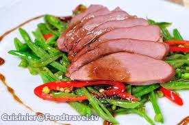 duck in cuisine อกเป ดรมคว นหม กน ำผ งก บถ วล นเตาหวาน honey smoked duck with snap