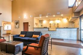 Comfort Suites Ft Wayne Hotel Comfort Suites North Fort Wayne In Booking Com