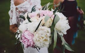 wedding flowers queenstown wedding flowers peonies fantail weddings wanaka