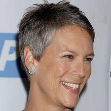 how to get the jamie lee curtis haircut super short pixie jamie lee curtis in her signature short pixie