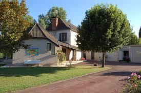 Cuisine Dans Veranda Maison Avec Piscine Bord Dordogne Houses For Rent In Souillac