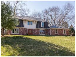 Stonegate Farmhouse Raintree Place Homes For Sale Zionsville Indiana M S Woods