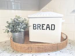 Victorian Farmhouse Style Top 25 Best Farmhouse Bread Boxes Ideas On Pinterest Modern