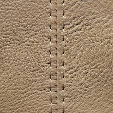 couture canapé cuir les coutures de finition canapés duvivier