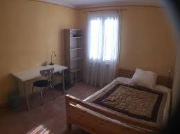 chambre aix en provence location de chambre meublée sans frais d agence à aix en provence