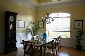 another benjamin moore yellow that is slightly lighter than