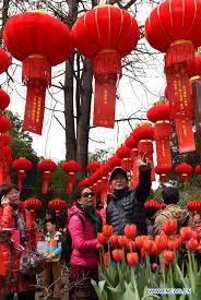 kunming marks lantern festival with traditional celebrations