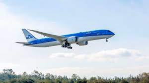 how pilots prepare for the boeing 787 klm blog