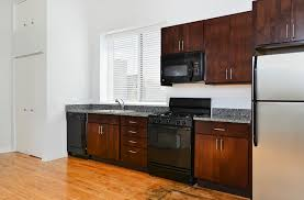 Kitchen Cabinets Chicago Il by 1471 N Milwaukee Ave Apartments In Chicago Il