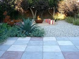 small backyard pavers backyard landscape design with pavers