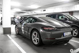 cayman porsche black porsche 718 cayman s 8 march 2017 autogespot