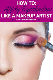 Pro Makeup Artist Apply Eye Shadow Like A Pro Get The Sexiest Eyes Ever