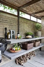 cuisine exterieure beton aménagement cuisine d extérieur sous abris de jardin en briques
