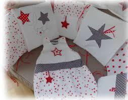 nobodinoz tour de lit linge de lit bébé rouge et blanc décoration chmbre bébé enfant