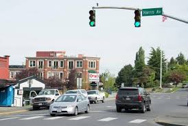 illinois red light camera rules is it legal to enter the intersection while waiting to turn left