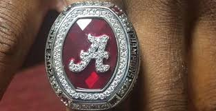 alabama class ring alabama players receive 14 sec chionship rings