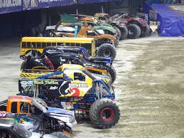 monster truck show tonight the world of monster jam toronto 2016