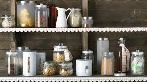 bocaux decoration cuisine jolies conserves en cuisine le plein d idees lyon femmes