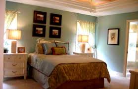 How To Choose Paint Color For Living Room Small Bedroom Design Ideas How To Make Narrow Room Appear Wider