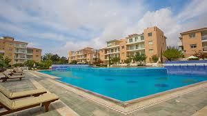 forrent 3 bedroom townhouse for rent in universal paphos elysia park