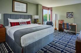 hotel near wisconsin campus buckingham suite