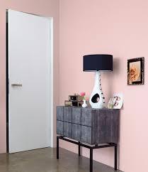 wohnideen farbe korridor alpina feine farben no 23 wolken in rosé in schwarz grau und